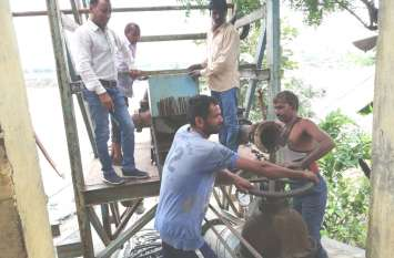 जलापूर्ति सुचारु करने में जुटे रहे जलदाय कर्मचारी