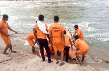 बीसलपुर बांध की पवित्र दह से बनास में बहे 4 युवक, 2 को बचाया, 2 की तलाश जारी