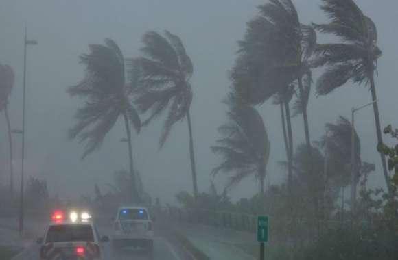 यूपी सहित 13 राज्यों में तूफान का अलर्ट, मौसम विभाग ने दी बड़ी चेतावनी, इन इलाकों में बाढ़ का खतरा