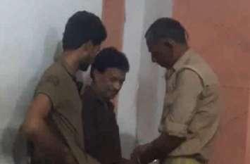 बीएसए ऑफिस में कार्यरत स्टेनो बाबू को रिश्वत लेते एंटी करप्शन टीम ने किया गिरफ्तार