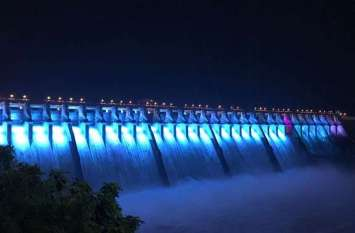 PM Modi in Gujarat: ये देखिए, मोदी आएंगे यहां, इसलिए की रंगबिरंगी रोशनी