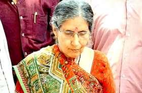 पश्चिम बंगाल: पीएम मोदी के जन्मदिन पर पत्नी जसोदा बेन पहुंची कल्याणेश्वरी मंदिर