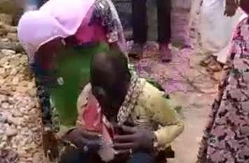 युवक को पिलाया पेशाब, महिला का मुंडन कर मारपीट, वीडियो सोशल मीडिया पर वायरल हुआ तो हरकत में आई पुलिस