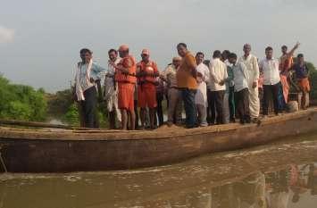 पानी  बना  आफत, एक  दर्जन गांवों का कटा सम्पर्क