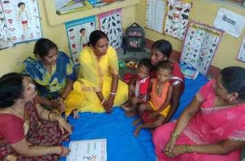मुख्यमंत्री के शहर में अतिकुपोषित बच्चों को नया जीवन दे रही हैं मोहित