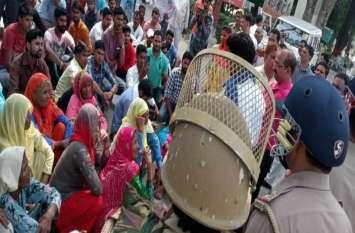 सहारनपुर में बड़ा बवाल, भीम आर्मी कार्यकर्ताओं को कई बसाें में भरकर ले गई पुलिस