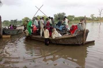 यमुना नदी का जलस्तर बढ़ने से कई इलाकों में बाढ़ की स्थिति, मुख्य मार्गों से सम्पर्क कटा