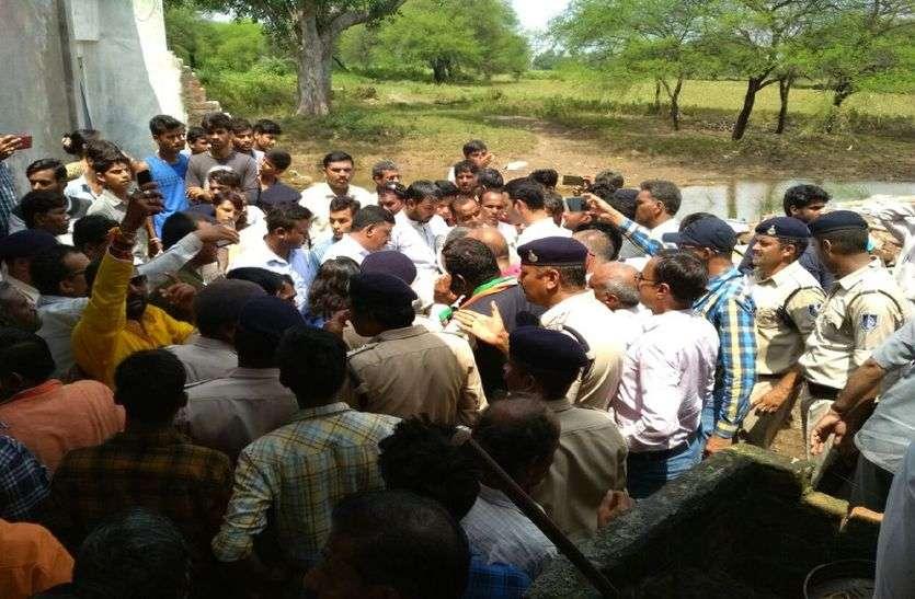 Ministers' dispute from Ratlam to Mandsaur in Madhya Pradesh