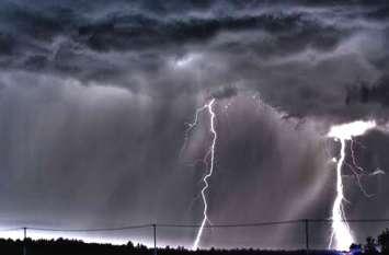 पूर्वांचल में भारी बारिश, आकाशीय बिजली से 13 की मौत