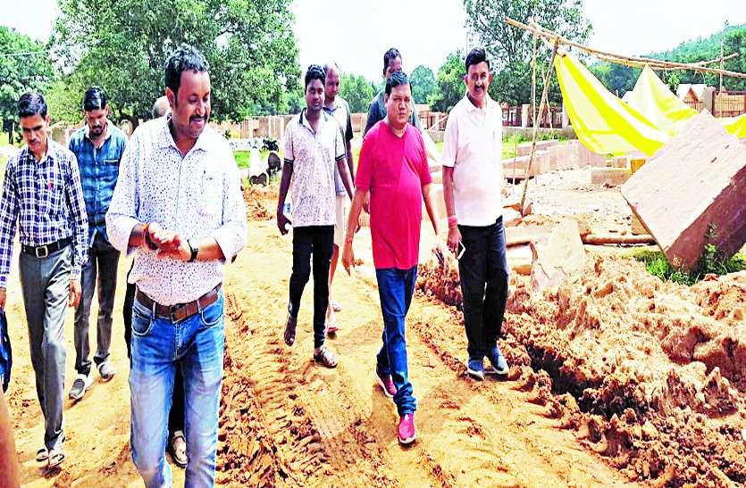 ट्रायबल टूरिस्ट विलेज निर्माण कार्य का विधायक ने किया मुआयना