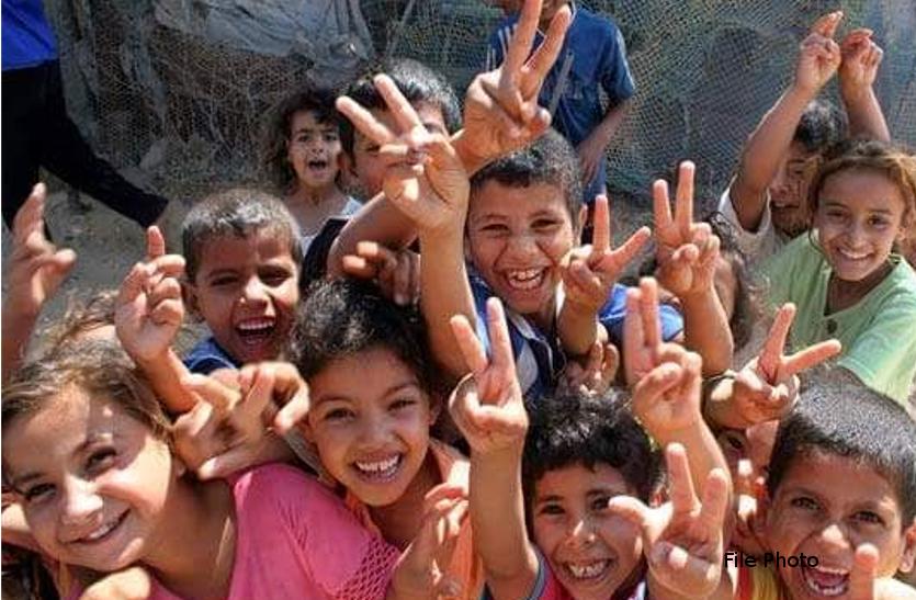 NRC को लेकर लाखों परेशान, पर बच्चों के चेहरों पर मुस्कान, पूरी बात जान आप भी होंगे खुश