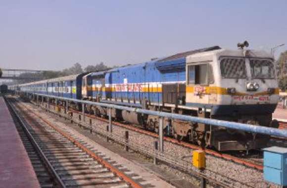 कोटा-श्रीगंगानगर सुपरफास्ट ट्रेन का पावर फेल