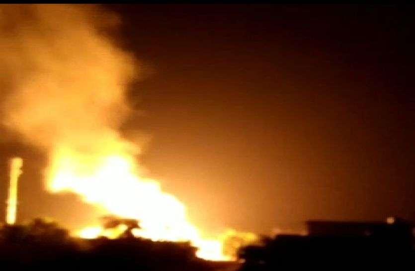 बानसूर में गैस एजेन्सी में लगी आग, एक के बाद एक धमाकों से दहला बानसूर, गैस सिलेंडर में हुए ब्लास्ट