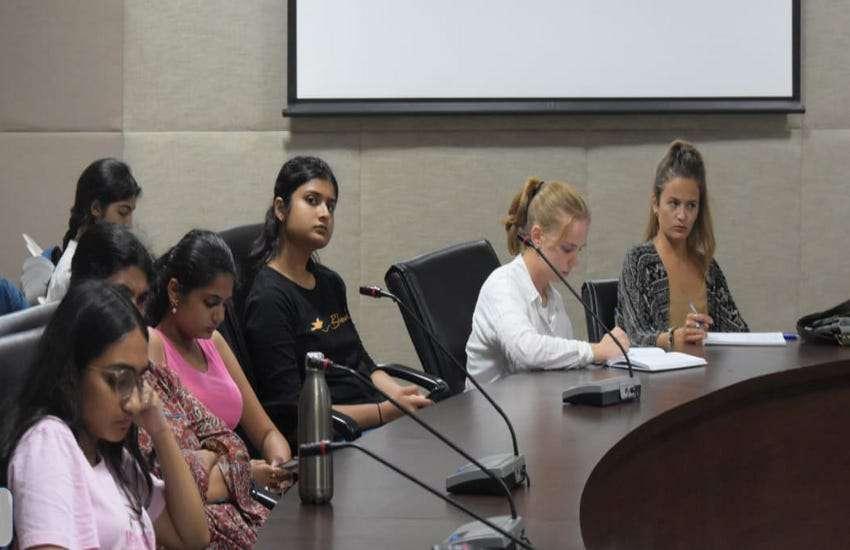 Ahmedabad, GNLU जानिए कानून संचरना पर क्या मानते थे महात्मा गांधी