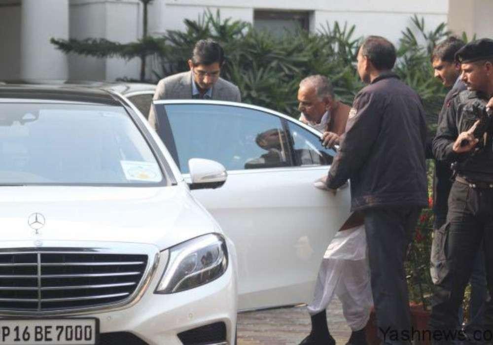 मुलायम सिंह यादव से यूपी सरकार ने छीनी उनकी luxury car, अब इससे सफर करेंगे नेताजी