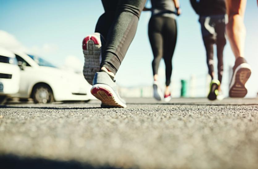 Retro Running Benefits: वजन कम करने के साथ दिल मजबूती करती है रेट्रो रनिंग