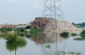 बाढ़ से बनारस के लिए आयी नयी परेशानी, शहर से गंदगी साफ करना हो जायेगा कठिन