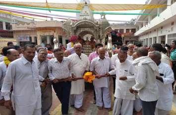 मेहंदवास में श्रीजी की निकाली रथयात्रा, दो दिवसीय वार्षिकोत्सव का हुआ समापन