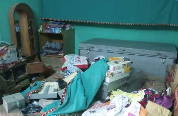 सूने मकान में चोरी, पंद्रह हजार रुपए, गहने ले गए चोर