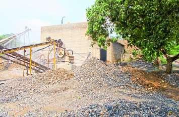 सीधी में क्रशर की डस्ट बनी बहरी-मयापुर ग्रामीणों के लिए मुसीबत, मापदंडों का पालन नहीं कर रहे रसूखदार