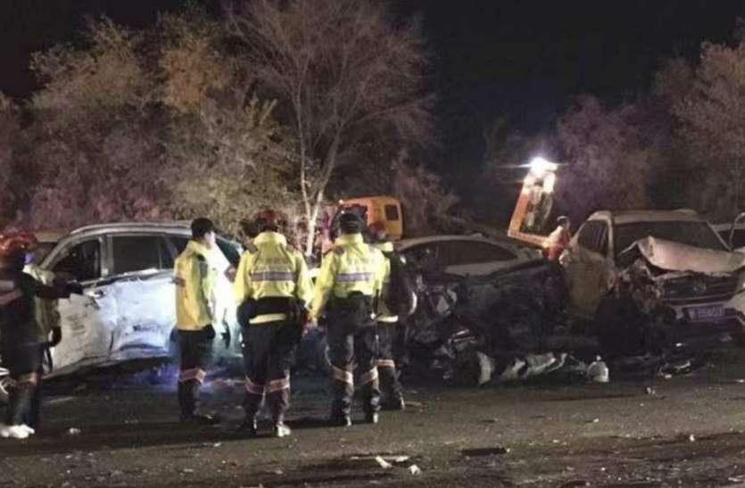 चीन: ट्रक ड्राइवर ने खोया कंट्रोल, 10 लोगों की चपेट में आने से मौत