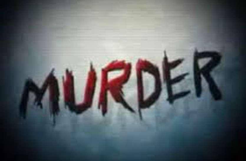 पत्नी को लेकर गया था ससुराल, यहां उसे किसी और के साथ इस हाल में देखा तो घर लौटकर कर दिया खूनी अंत