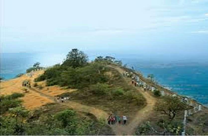 Rainfall; सापुतारा में मूसलाधार, बिजली गिरने से सूरत के युवक की मौत