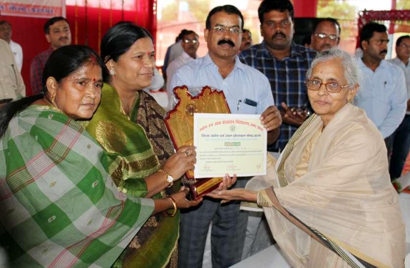 एक जिला एक उत्पाद योजना बदल देगी उत्तर प्रदेश की तस्वीर: सरिता भदौरिया
