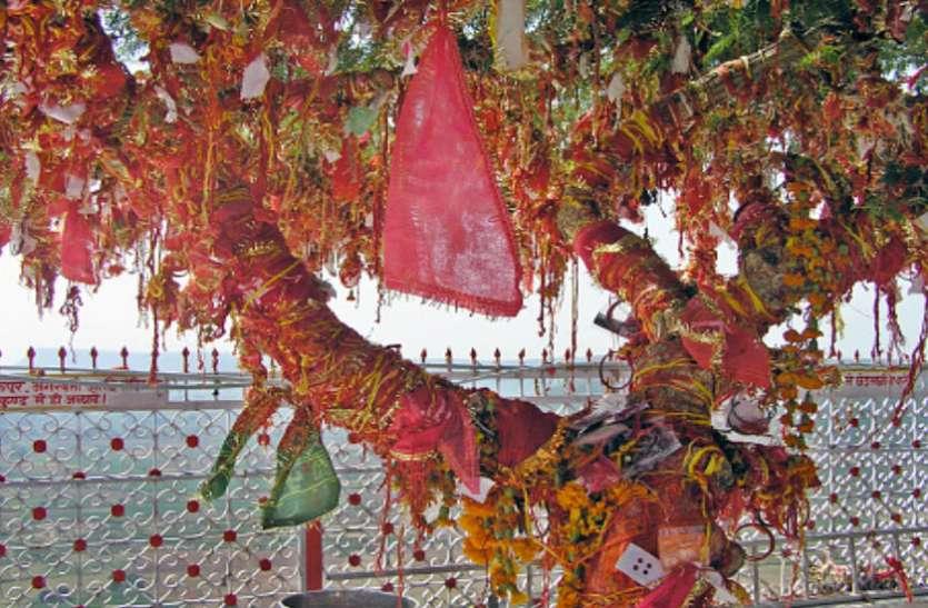 दुनिया का इकलौता माता शारदा का मंदिर, जहां रात में कोई नहीं रूकता