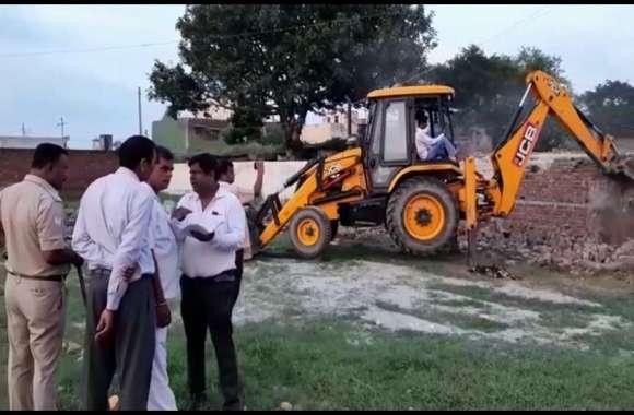 आजम के बाद सपा के इस नेता ने कब्जाई करोड़ों की सरकारी जमीन, प्रशासन ने चलवा दिया बुलडोजर