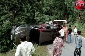 VIDEO : रणकपुर घाट सेक्शन में पलटी कार, बड़ा हादसा टला