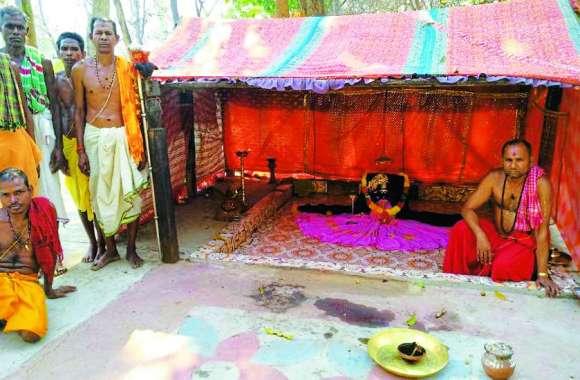 कोला कामिनी माता से मन्नत मांगने से मिल जाते हैं गुमशुदा लोग, इस वजह से आज तक नहीं हुआ है मंदिर निर्माण