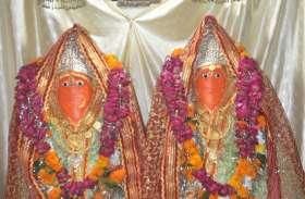 नवरात्रि के दूसरे दिन शीतला माता मंदिर में भीड़