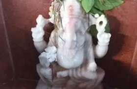 Ganesh Chaturthi: इस नवरात्र पर भगवान गणेश की पूजा करने से होगी धन वर्षा, ऐसे करें पूजा, देखें वीडियो