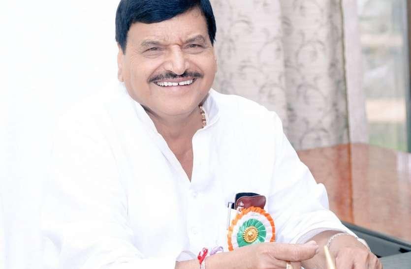 शिवपाल यादव ने सपा संग 2022 चुनाव लड़ने की ओर दिए संकेत, मुलायम सिंह यादव को लेकर कहा यह