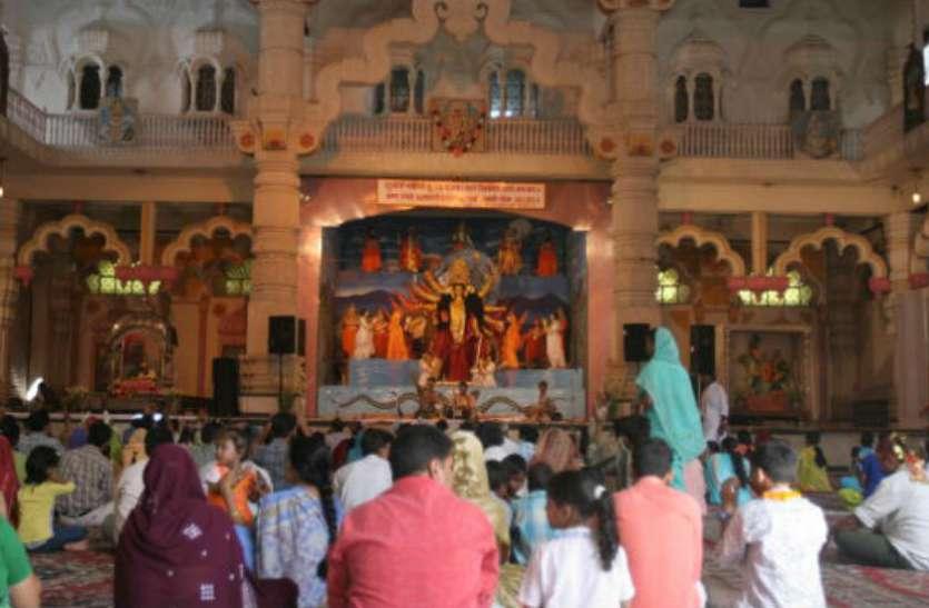 दुनिया के सबसे बड़े मंदिरों में शामिल है मां कात्यायनी का ये दरबार
