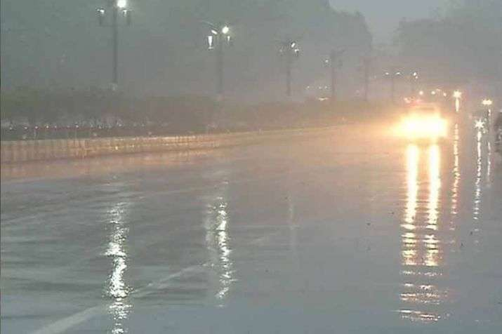 delhi-rain-1550116664.jpg
