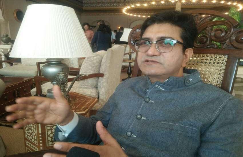 गानों को रीक्रिएट किए जाने से पहले मूल आर्टिस्ट की सहमति जरूरी: प्रसून जोशी