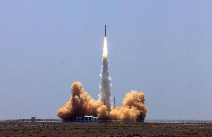 rocket2.jpg