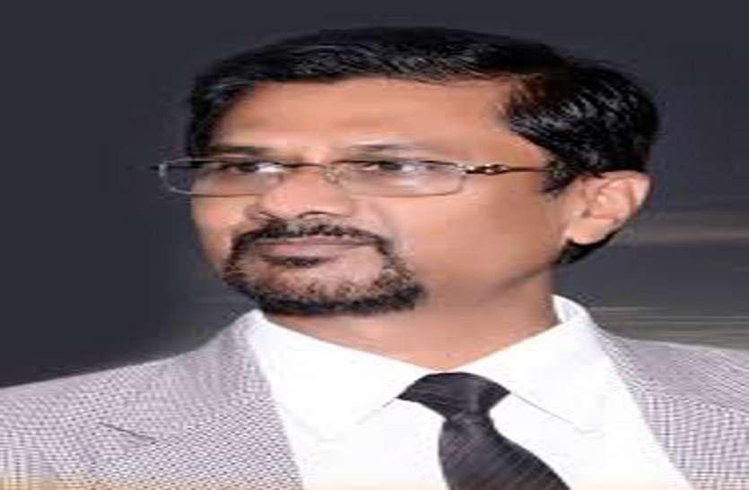 मुख्यमंत्री भूपेश के स्कूल में पढऩे वाले प्रो. वर्मा दूसरी बार बने CSVTU के कुलपति, 17 लोगों की रेस में निकले सबसे आगे