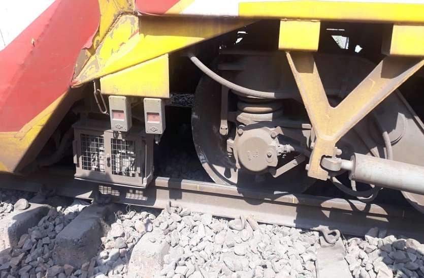 Big Breaking: 24 घंटे में दूसरा बड़ा रेल हादसा, लखनऊ से आनन्द-बिहार आ रही डबल डेकर ट्रेन हुई डिरेल