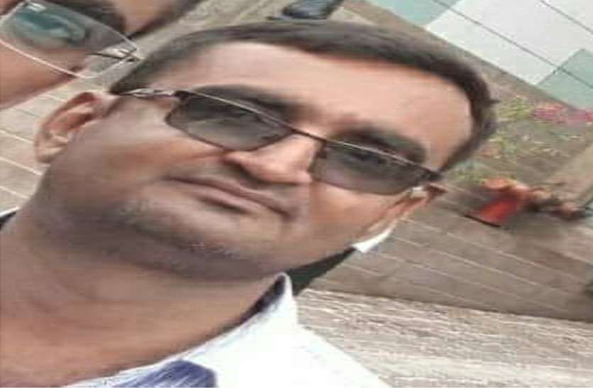 पुलिस हिरासत में RTI कार्यकर्ता की संदिग्ध हालत में मौत, पूरा थाना लाइन हाजिर, थानाधिकारी समेत 10 के खिलाफ मामला दर्ज