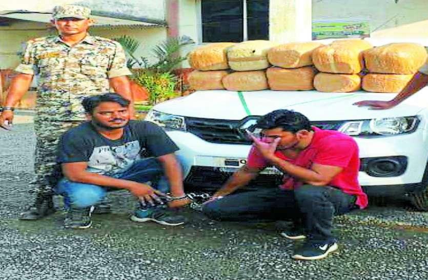 चमचमाती कार की जब पुलिस वालों ने ली तलाशी तो उड़ गए उनके होश, अंदर बैठा था नशीली दवाओं का सबसे बड़ा तस्कर