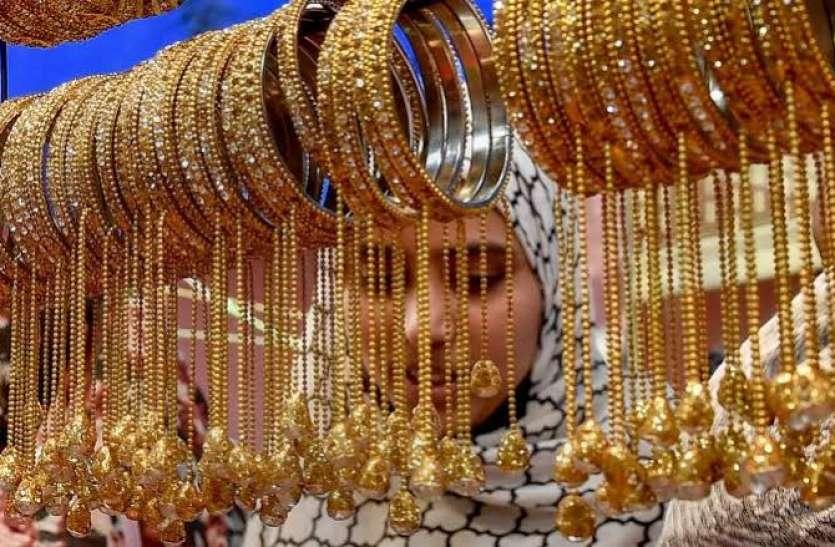 बीते सप्ताह मात्र 50 रुपए महंगा हुआ सोना, चांदी में 425 रुपए का इजाफा