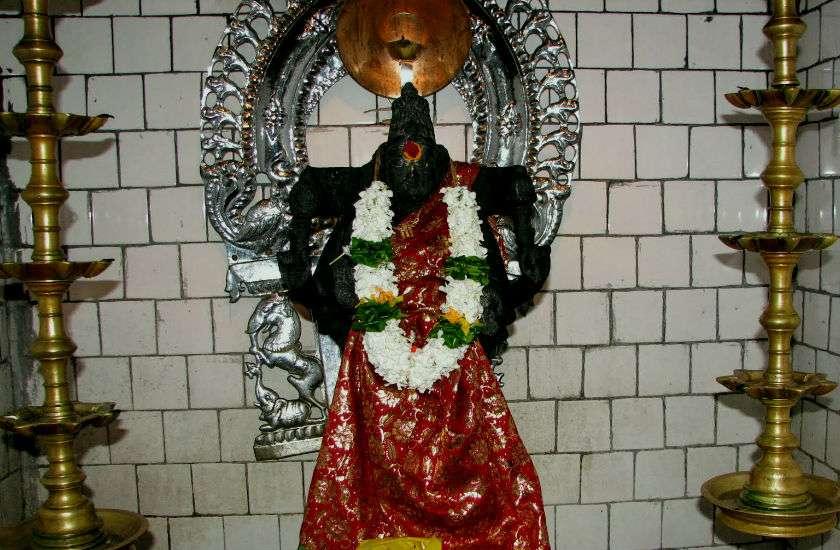 hankari_devi_temple1.jpg