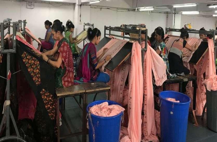 textile news-कर्नाटक सरकार का सूरत के कपड़ा उद्यमियों को वहां इन्डस्ट्री शुरू करने का न्यौता