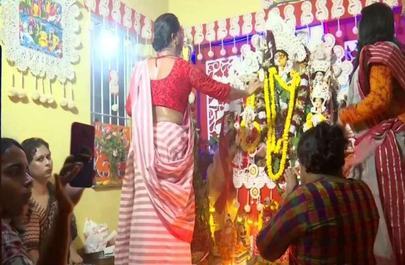 Happy Durga Puja 2019: घर बैठे देखें देश के खूबसूरत दुर्गा पूजा पंडाल