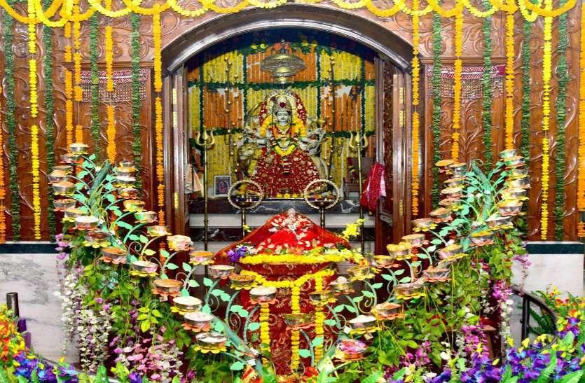 दुर्गा की आराधना के साथ बेटियों को बचाने का भी संदेश, सत्ती चौरा में देवी रूप में 3 हजार कन्याएं करेंगी एक साथ भोज
