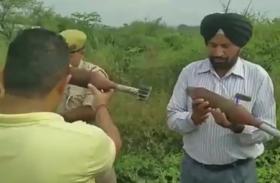 जम्मू-कश्मीर: 3 जिंदा मोर्टार शैल मिले, फैली सनसनी