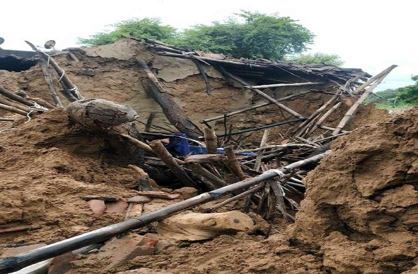 बाढ़ के जख्मों पर अब शासन का किश्तों में मरहम